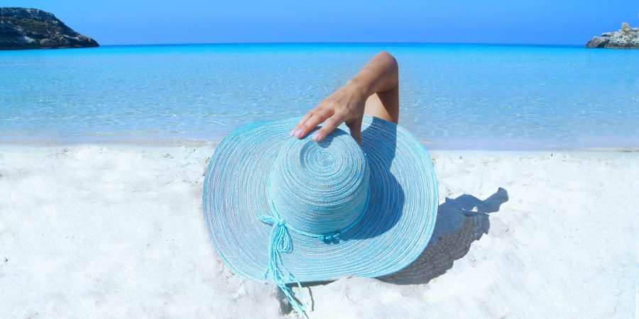 Declutter Your Life-Beach-Ocean-Hat-The-Beauty-Of-Now